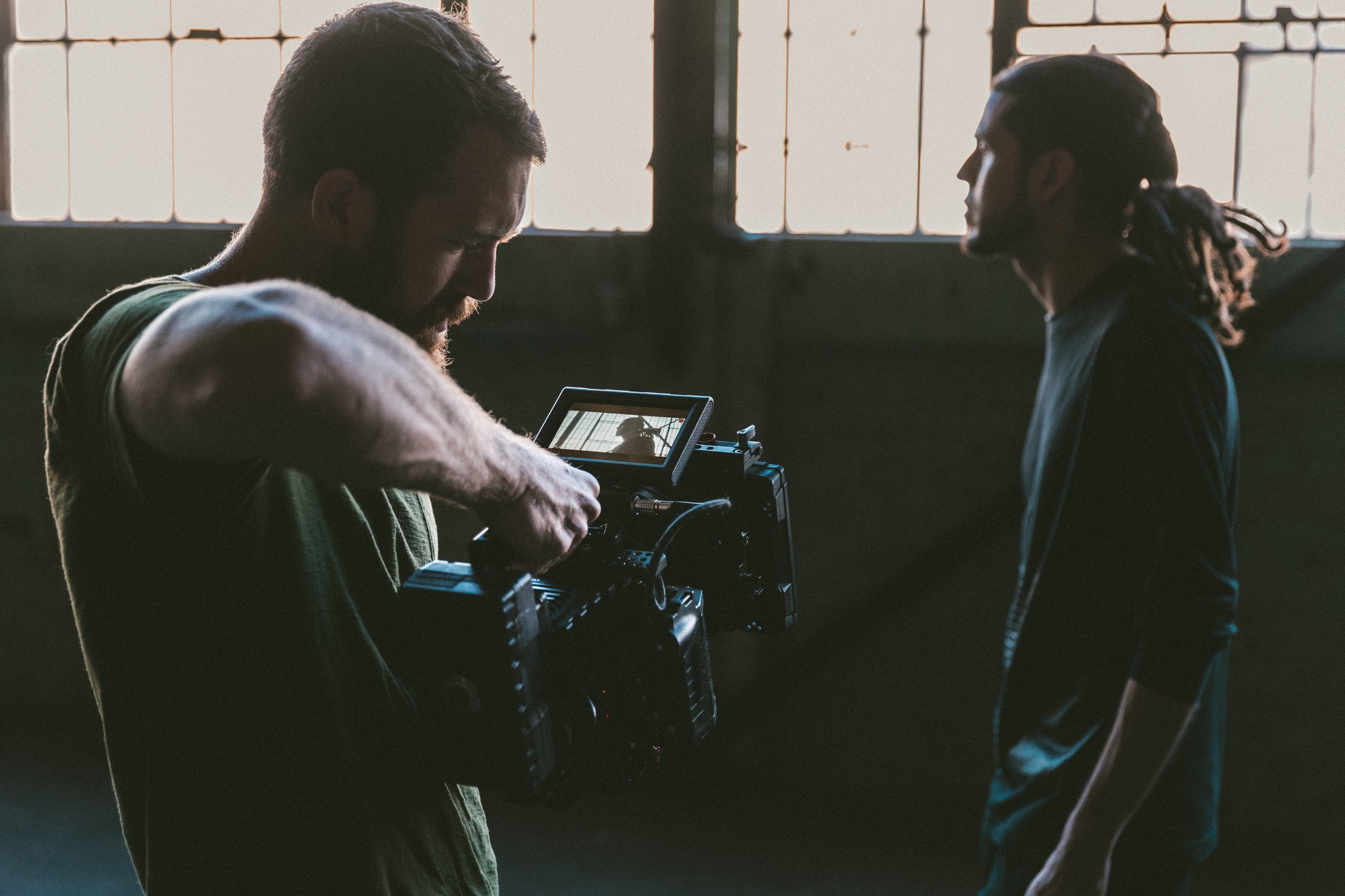 Video filming or how to choose a video operator